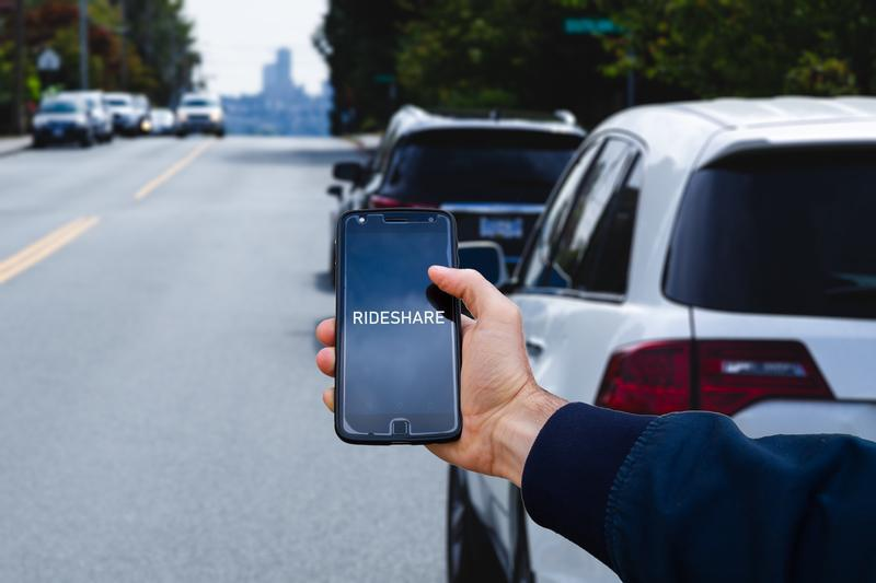 Should I Rent a Car or Use a Ride-Share Service When Visiting I-Drive Orlando?