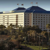 Visiting Sea World and Looking for Walking Distance Hotels From I-Drive Orlando?